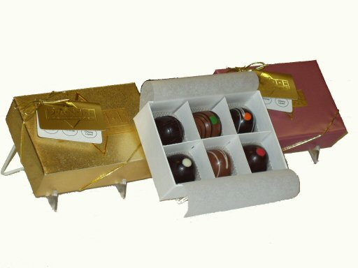 Large Chocolate Truffles Gift Box, 6 Large Truffles Gold Pink